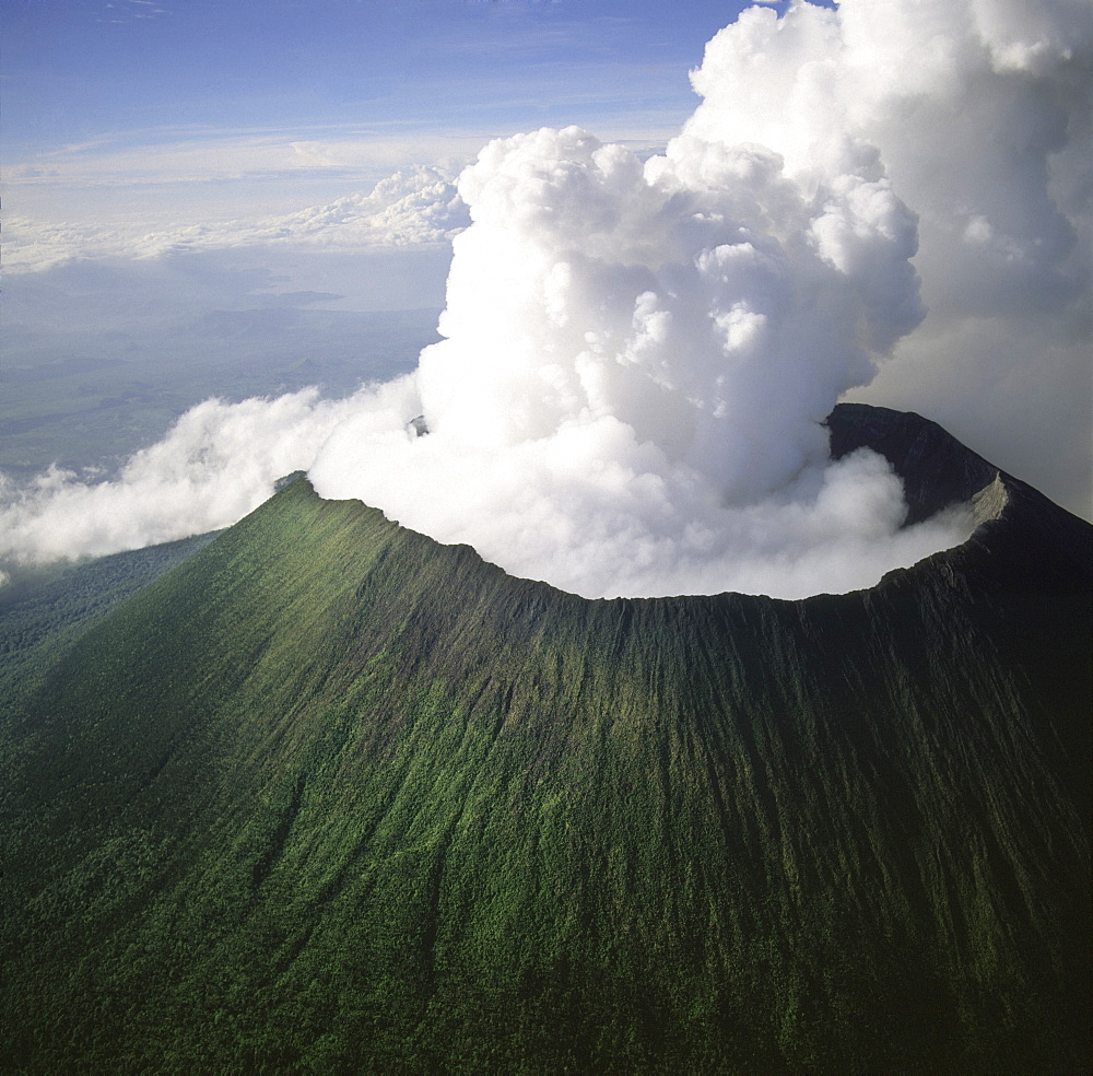 Aerial view of Mount Nyiragongo, an active volcano in the Virunga Mountains in Virunga National Park, near the border with Rwanda, known for its recent devastating eruptions, Democratic Republic of the Congo, Great Rift Valley, Africa - 823-414