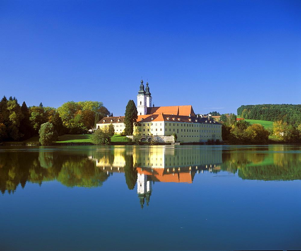 Former monastery of Vornbach, Inn River, Lower Bavarian Spa Triangle, Bavaria, Germany, Europe