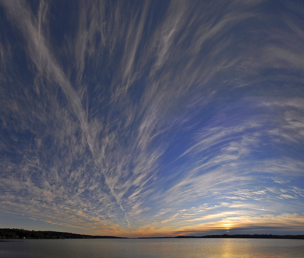 Cloud formation over a lake, Pewaukee Lake, Wisconsin, USA, America