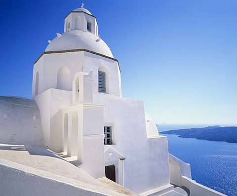 Church in Fira on the rim of the caldera, Santorini, Cyclades, Greece, Europe
