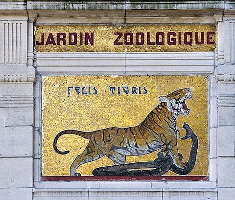 Entrance to the zoo, Antwerp, Flanders, Belgium, Europe