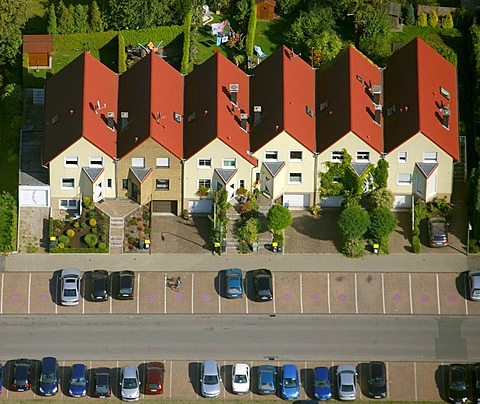 Aerial view, row houses, parking lots, Recklinghausen, Ruhrgebiet region, North Rhine-Westphalia, Germany, Europe