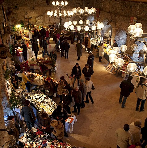 Exhibition of handicrafts at the Christmas market in the ruins of Aggstein Castle, World Heritage Site, Wachau, Lower Austria, Austria, Europe