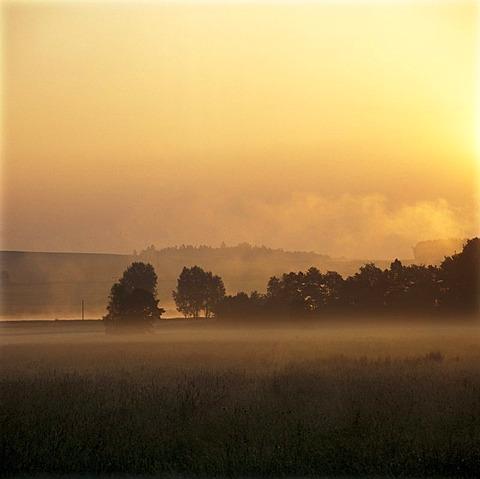 Sun rise near Furth im Wald, Bavarian Forest, Upper Palatinate, Bavaria, Germany, Europe