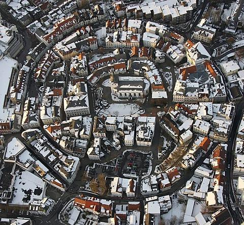 Aerial photo, old part of town in snow, Protestant Erloeserkirche, Redeemer Church, Luedenscheid, Maerkischer Kreis, Sauerland, North Rhine-Westphalia, Germany, Europe