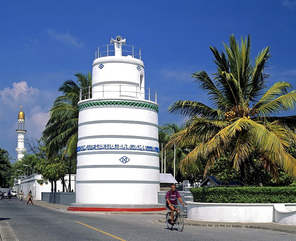Hukkuru Miski, prayer tower with Koranic inscription, Friday Mosque minaret at the back, Male (Dhivehi), Maldives, Indian Ocean