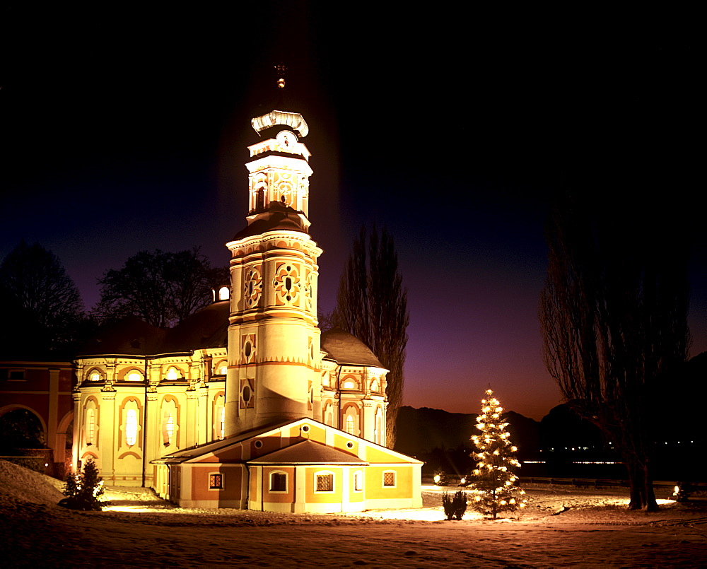 Wintertime, Karlskirche Church, Christmas tree, near Volders, Inn Valley, Tirol, Austria, Europe