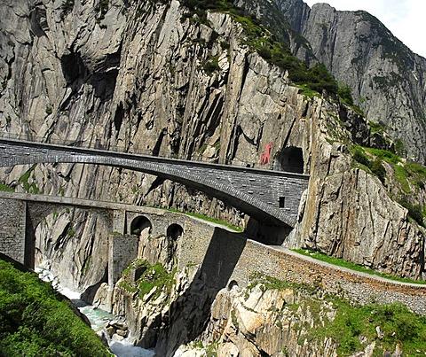 Teufelsbruecke, Devil's Bridge, historic bridge, Canton of Uri, Switzerland, Europe