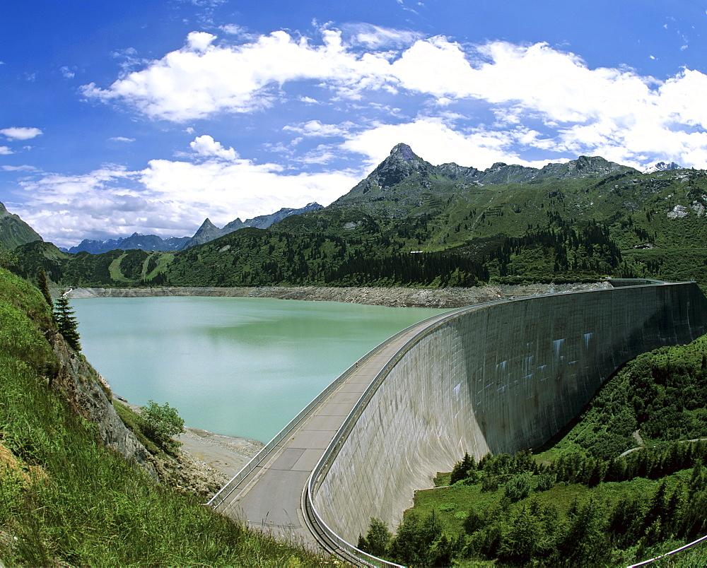 Kops Reservoir, Zeinisjoch Pass, Silvretta Group and Verwall Group in background, Vorarlberg, Austria, Europe