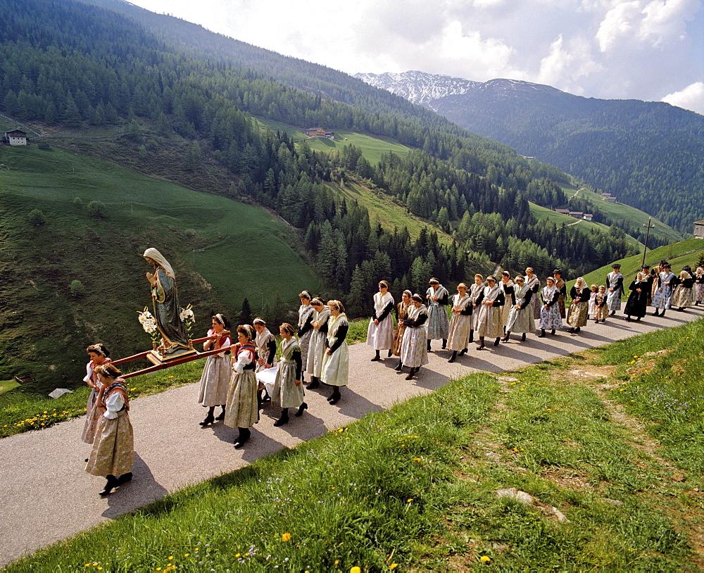 Corpus Christi procession in Durnholz, Valdurna, Sarntal, Sarentino, Province of Bolzano-Bozen, Italy