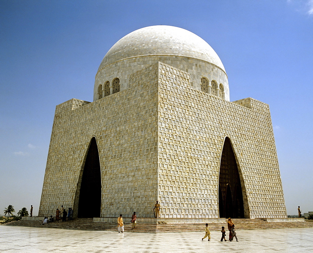 Mazar-e-Quaid or National Mausoleum, mausoleum of Muhammad Ali Jinnah, marble, Karachi, Pakistan