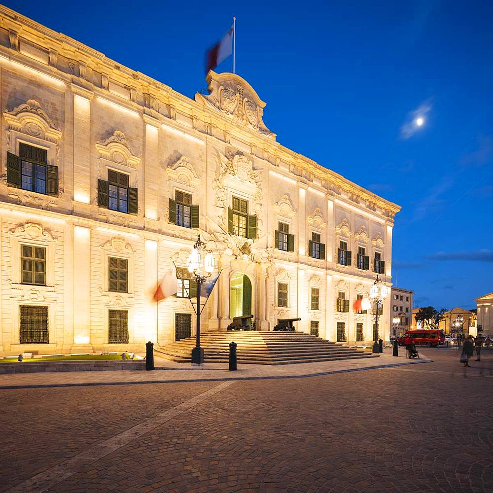 Auberge Castille at night, UNESCO World Heritage Site, Valletta, Malta, Europe
