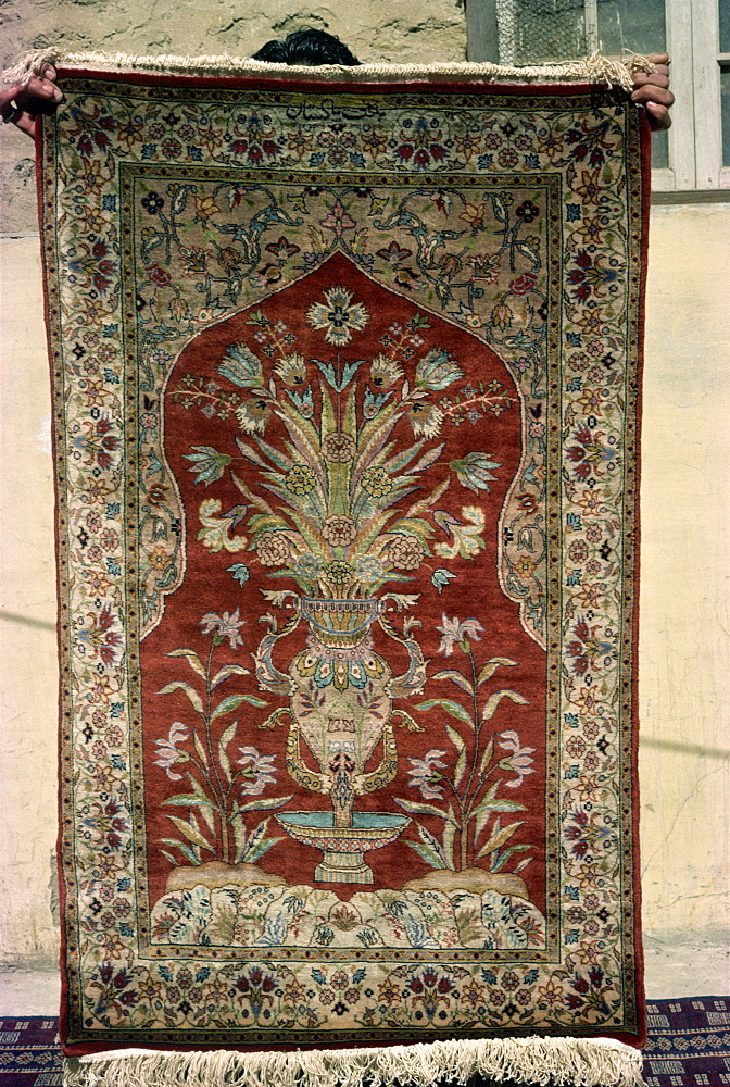 Rug for sale, Karachi, Pakistan, Asia