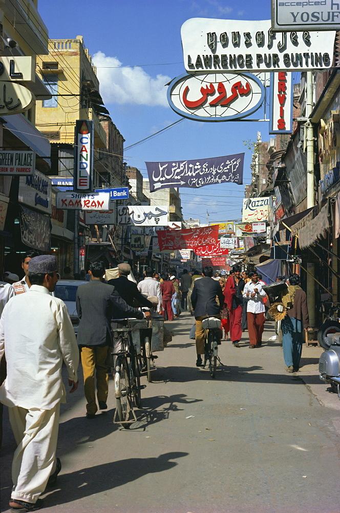 Street scene, Lahore, Punjab, Pakistan, Asia