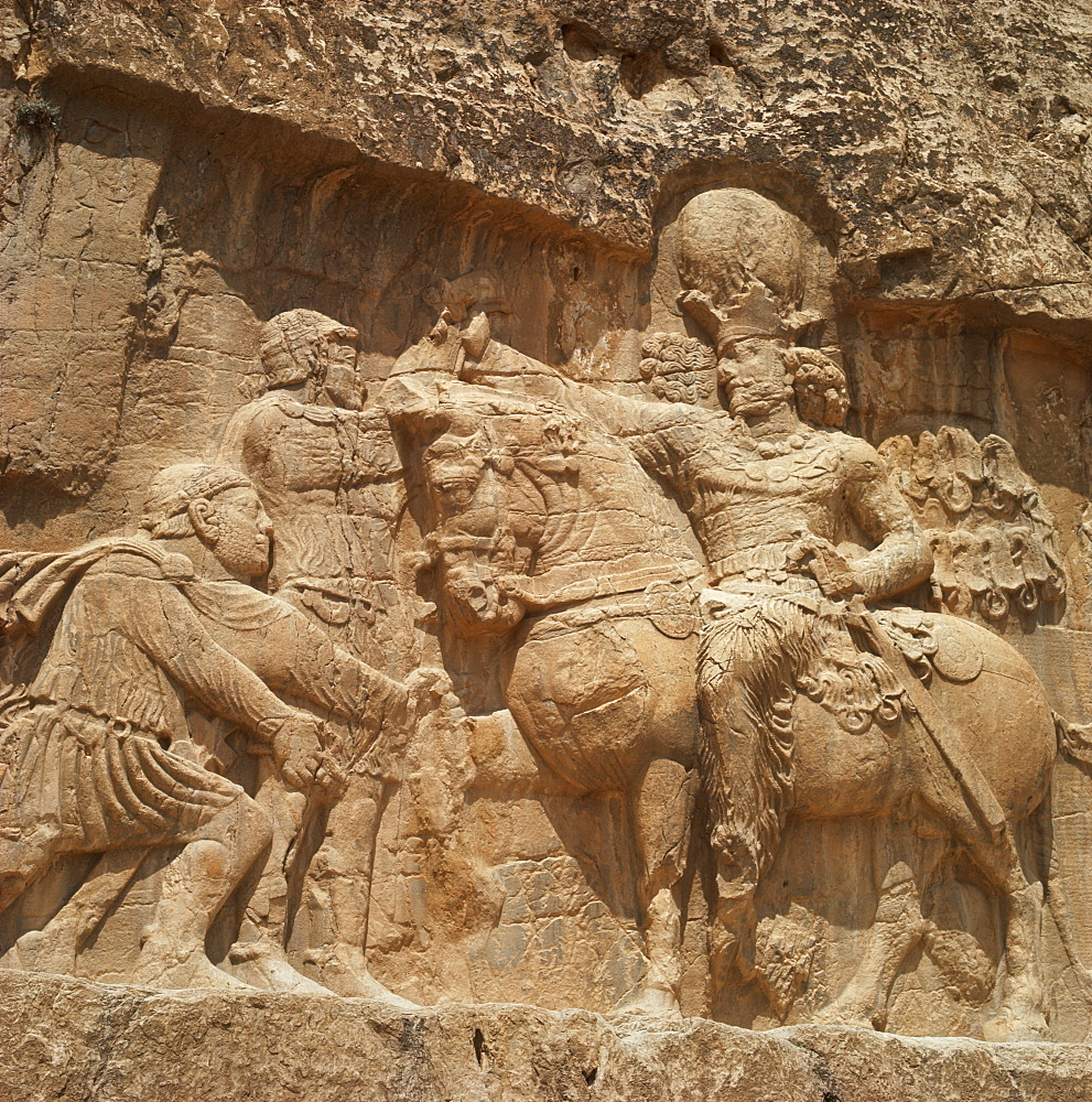 Triumph of Shapur I, Sassanid ruler, Naqsh-e Rustam, Iran, Middle East - 1-3345
