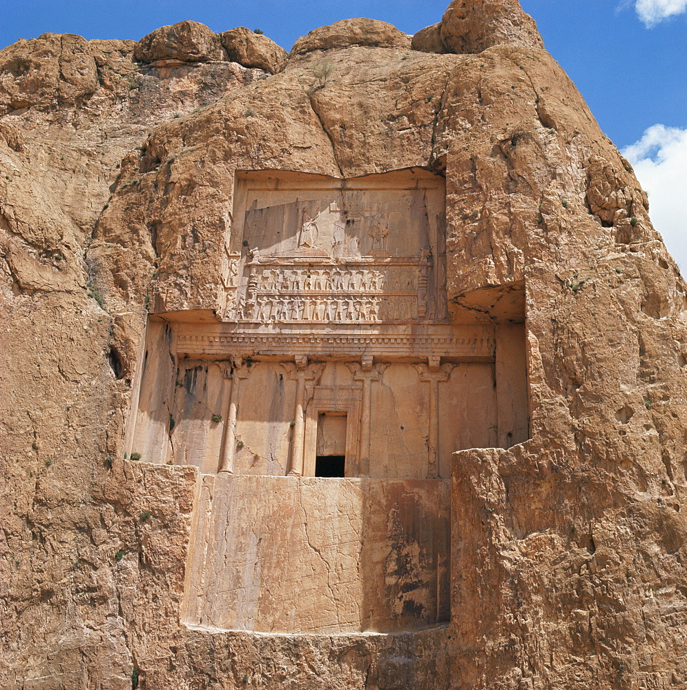 Rock cut tomb of Darius II, Naqsh-e Rustam, Iran, Middle East