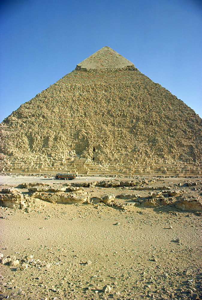 Chephren pyramid, Giza, UNESCO World Heritage Site, near Cairo, Egypt, North Africa, Africa - 1-8666