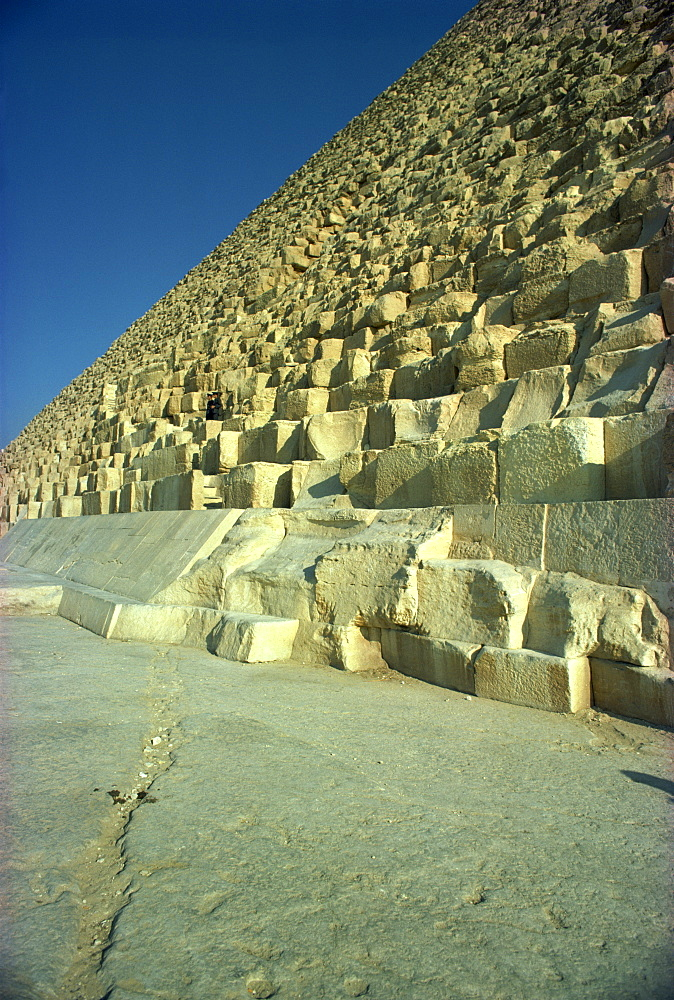 The Great Pyramid, Giza, UNESCO World Heritage Site, near Cairo, Egypt, North Africa, Africa