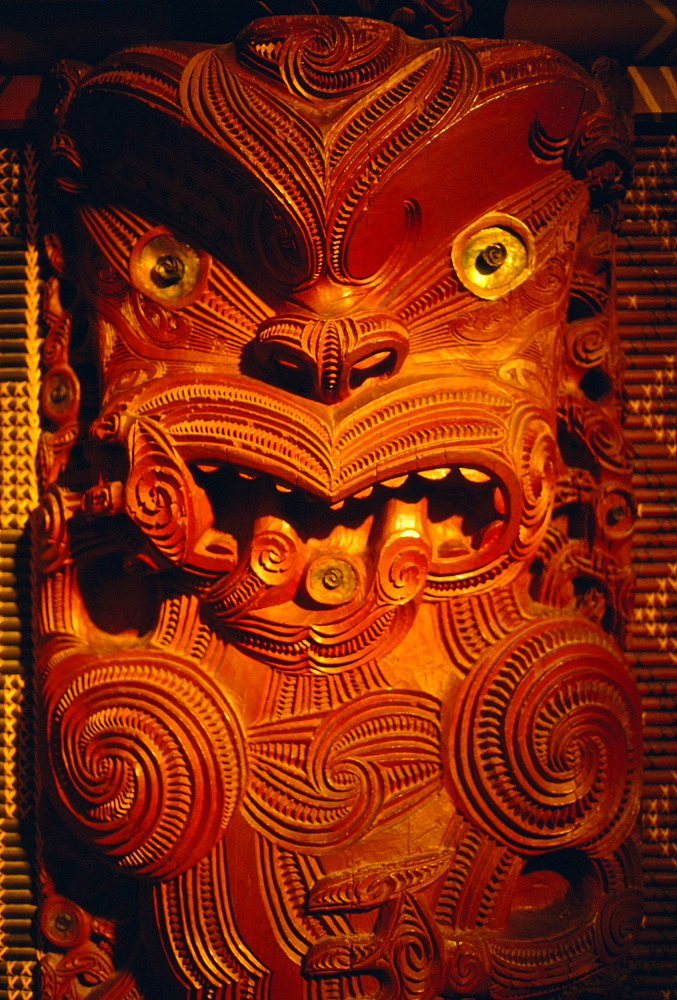 Maori carving on meeting house, Auckland Museum, Auckland, North Island, New Zealand, Pacific