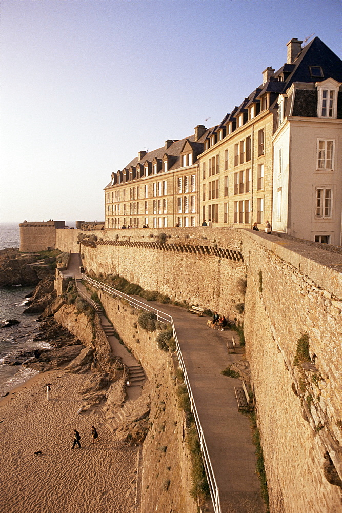 Stone ramparts of one-time pirate base, St. Malo, Brittany, France, Europe