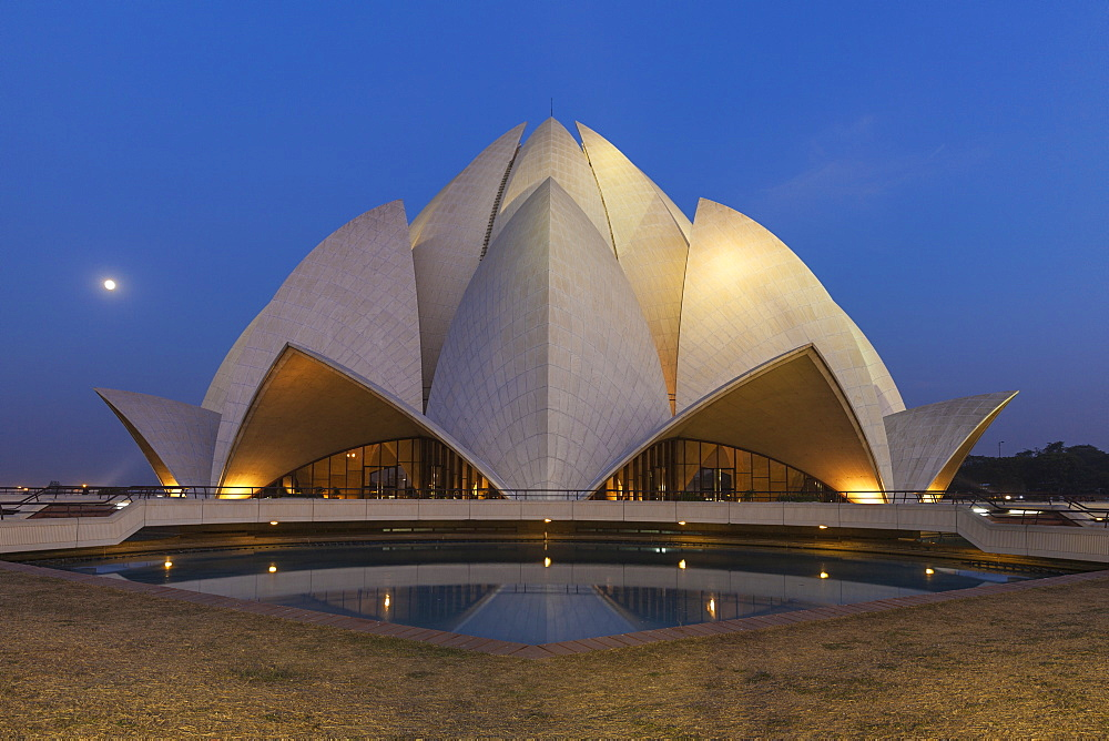 Bahai House of Worship known as the The Lotus Temple, New Delhi, Delhi, India, Asia - 1104-1056