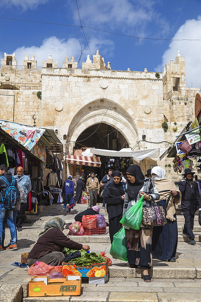 Damascus Gate, Muslim Quarter, Old City, UNESCO World Heritage Site, Jerusalem, Israel, Middle East