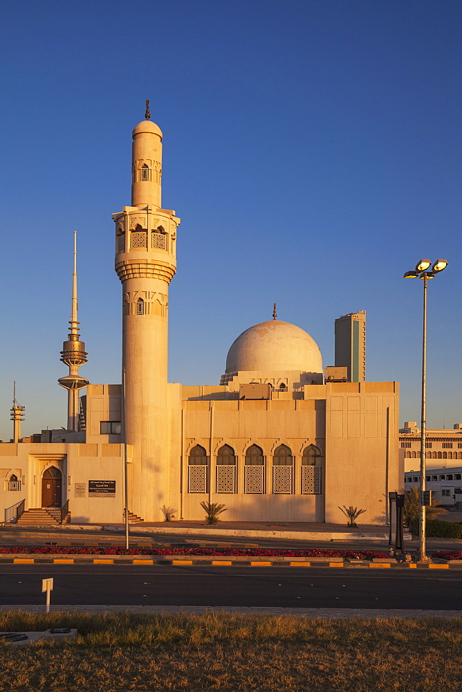 Abdulaziz Al Othman Mosque, Kuwait City, Kuwait, Middle East