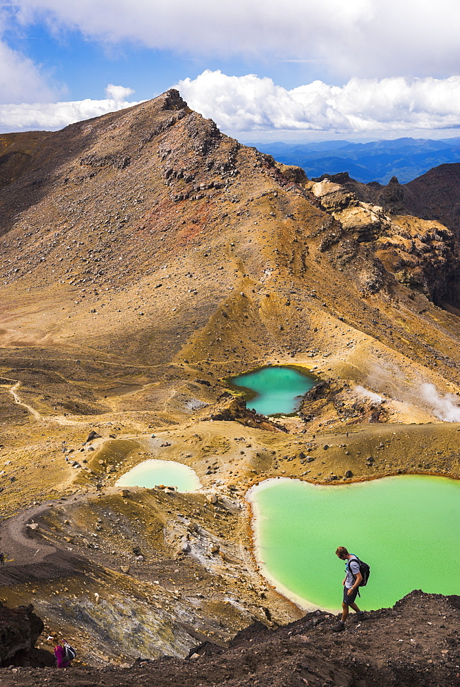 Hiking at the Emerald Lakes, Tongariro Alpine Crossing Trek, Tongariro National Park, UNESCO World Heritage Site, North Island, New Zealand, Pacific