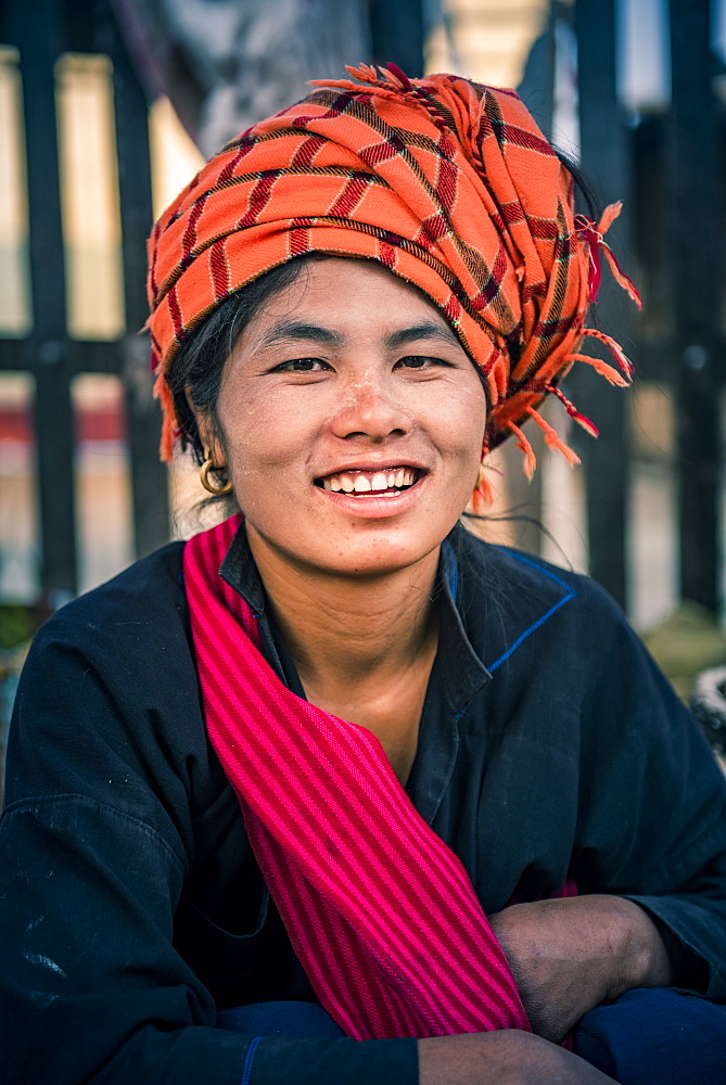 Portrait of Pa-O woman at Ywama Market, Inle Lake, Shan State, Myanmar (Burma) - 1109-3654