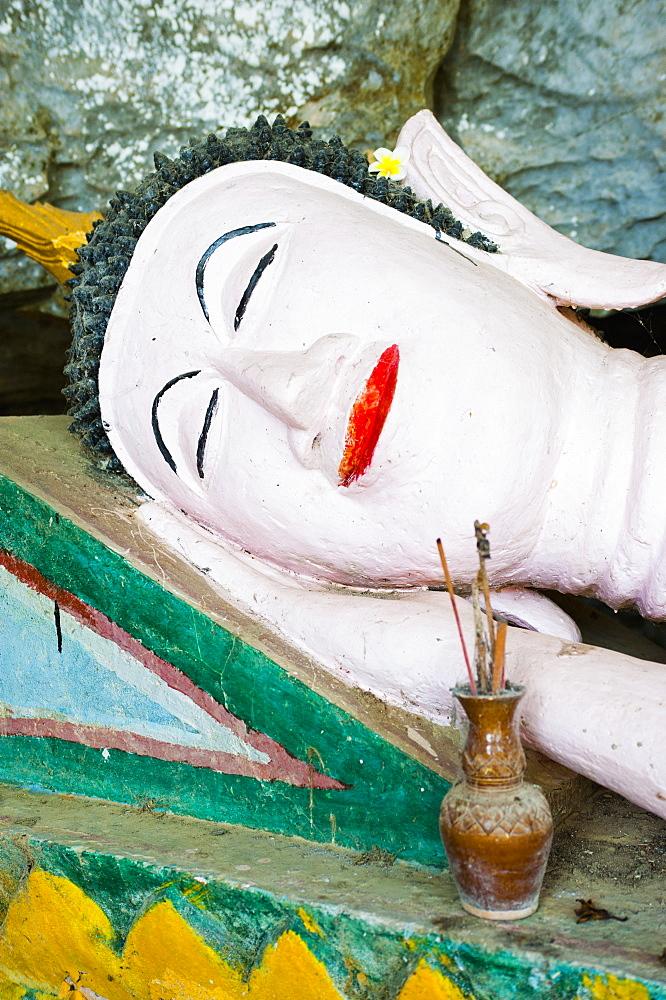 Buddha statue at Tham Sang Caves, Vang Vieng, Laos, Indochina, Southeast Asia, Asia