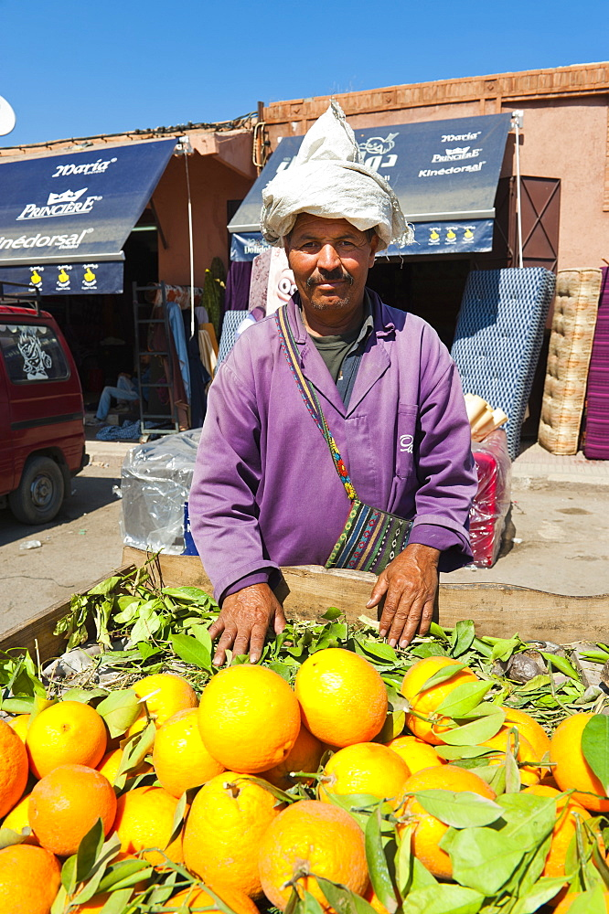 Orange seller, Marrakech (Marrakesh), Morocco, North Africa, Africa