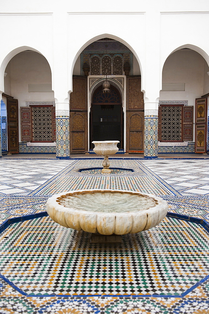 Marrakech Museum, fountain in the interior, Old Medina, Marrakech, Morocco, North Africa, Africa