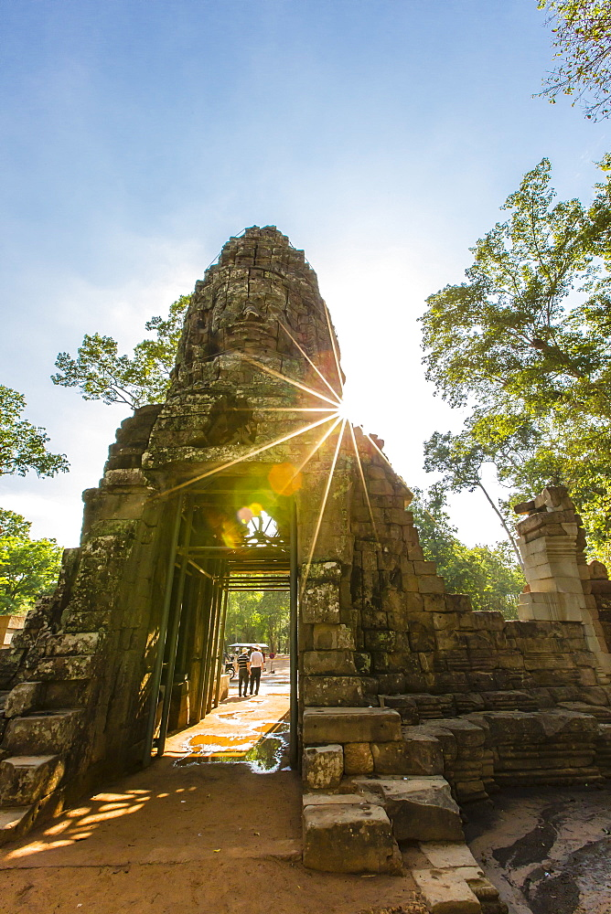 West gate at Ta Prohm Temple (Rajavihara), Angkor, UNESCO World Heritage Site, Siem Reap Province, Cambodia, Indochina, Southeast Asia, Asia