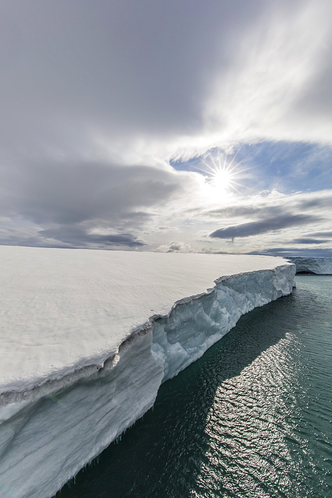 Glacier face at Negribreen, Eastern coast of Spitsbergen, an island in the Svalbard Archipelago, Arctic, Norway, Europe