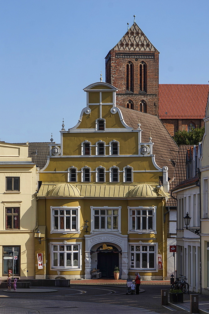Old city center of Wismar with Nikolai church, Wismar, Mecklenburg Vorpommern, Germany