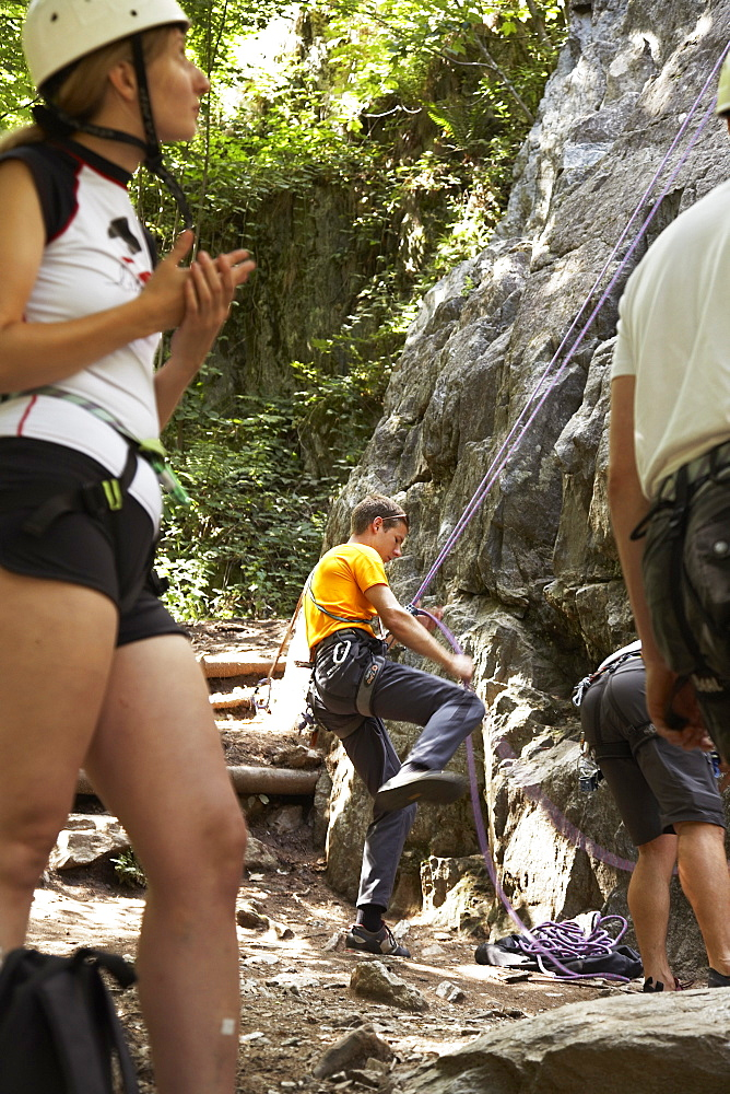 Rock climbers in Les Gaillands, Chamonix, Chamonix-Mont-Blanc, Alps, Rhone Alpes, Haute Savoie, France, Europe