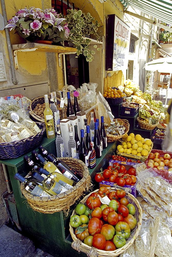Delicatessen, Riomaggiore, Cinque Terre, Liguria, Italian Riviera, Italy, Europe