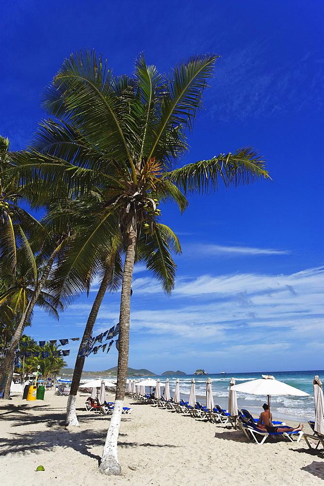 View over Playa El Aqua, Isla Margarita, Nueva Esparta, Venezuela