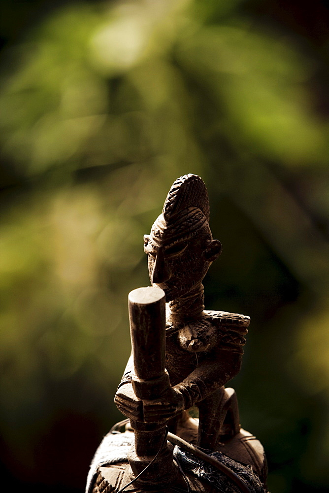 Carved wooden figure of the Dogon people, La Falaise da Bandiagara, Mali, Africa