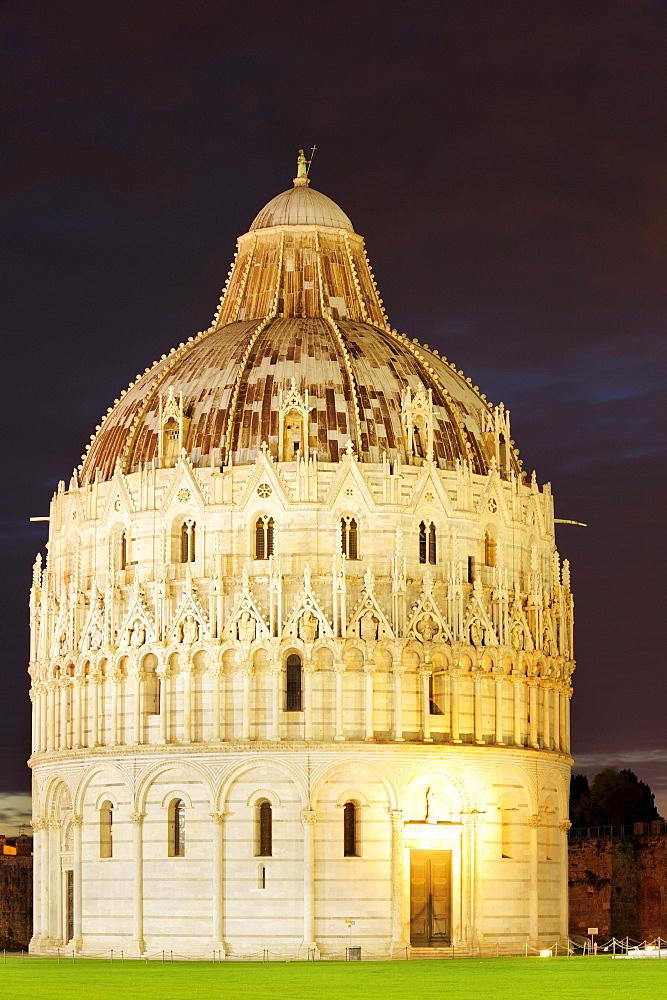 Illuminated baptistery of Pisa, Pisa, UNESCO world heritage site, Tuscany, Italy