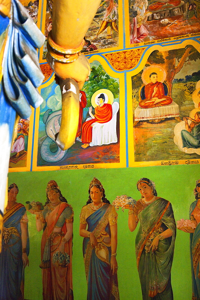 Mural paintings in the Gangaramaya temple, Colombo, Sri Lanka, Asia