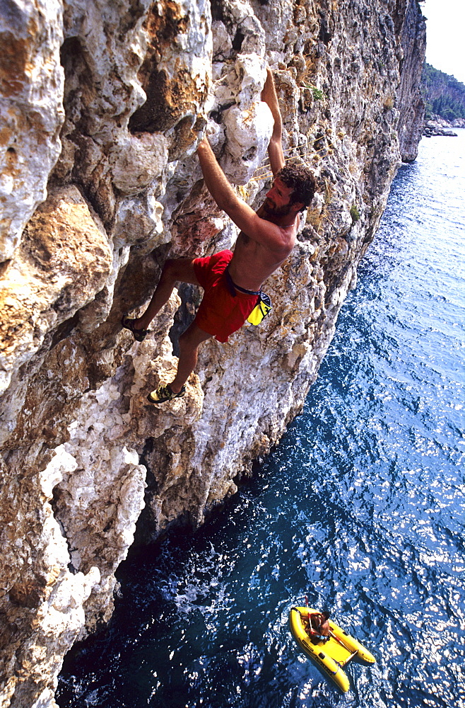 Miroslav Stec rock climbing, Deep Water Soloing, Free climbing, Hvar, Dalmatia, Croatia
