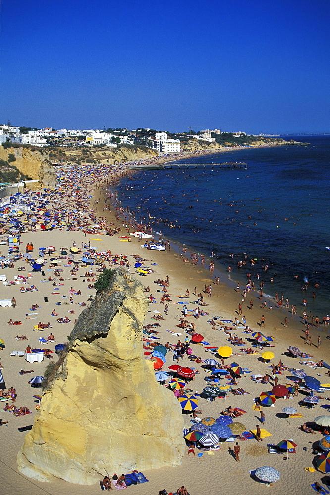 The main beach in the sunlight, Tunel, Albufeira, Algarve, Portugal, Europe