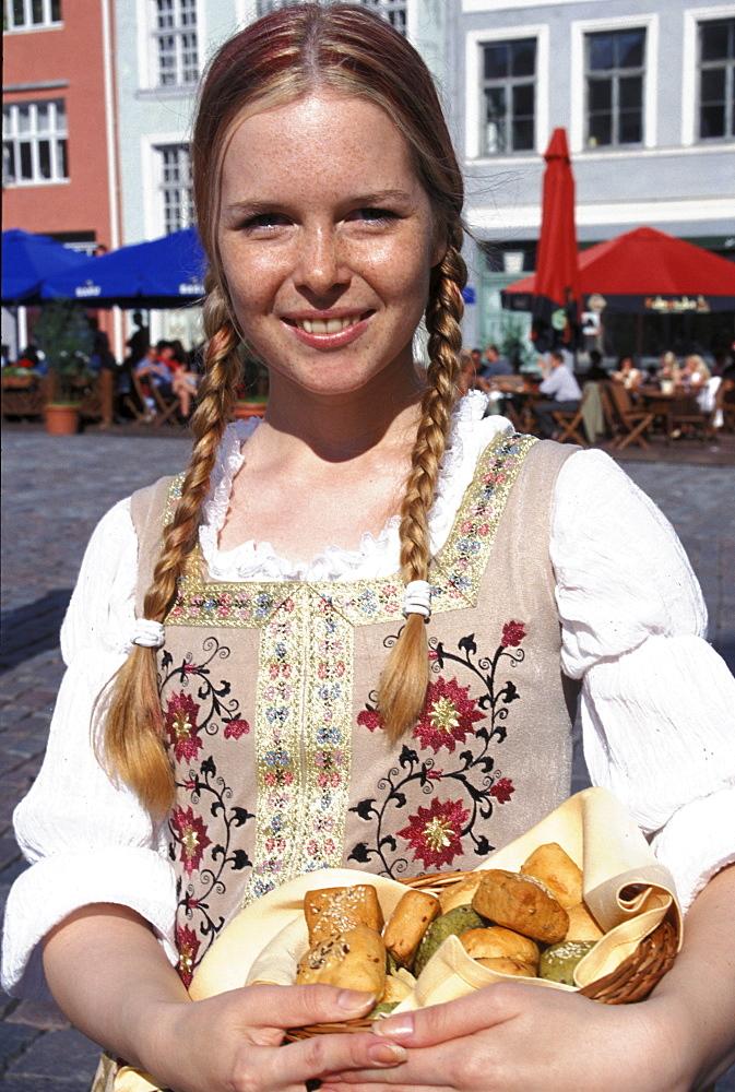 Waitress, Town Hall Square, Tallinn, Estonia - 1113-53382