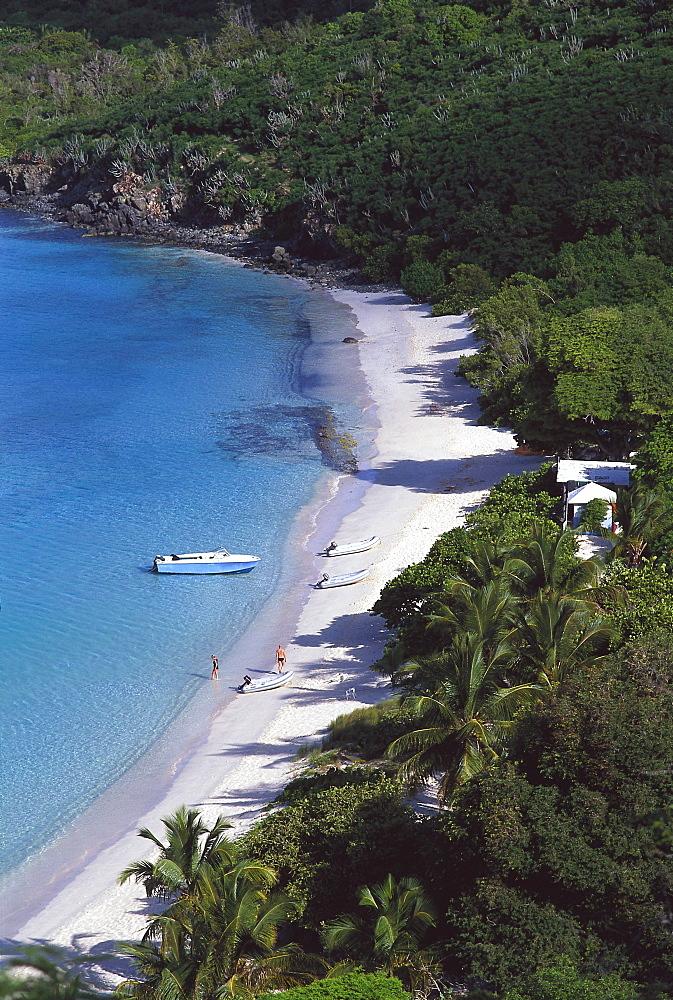 People on the beach at a sunlit bay, White Bay, Jost van Dyke, British Virgin Islands, Caribbean, America