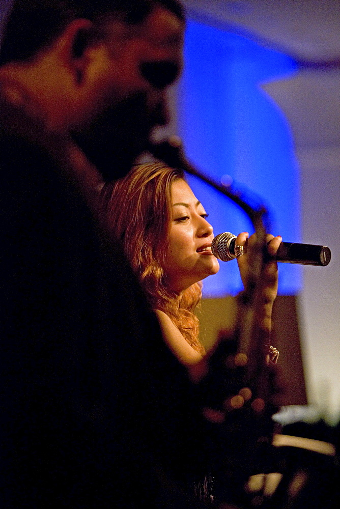 singer, Miranda Li, Bar, Four Seasons Hotel, Saxophone, music