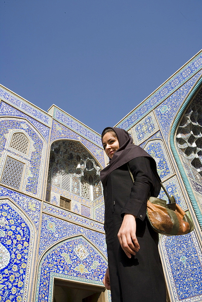 Woman at Masjed-e Sheikh Lotfollah Mosque, Emam Khomeini Square, Esfahan, Iran