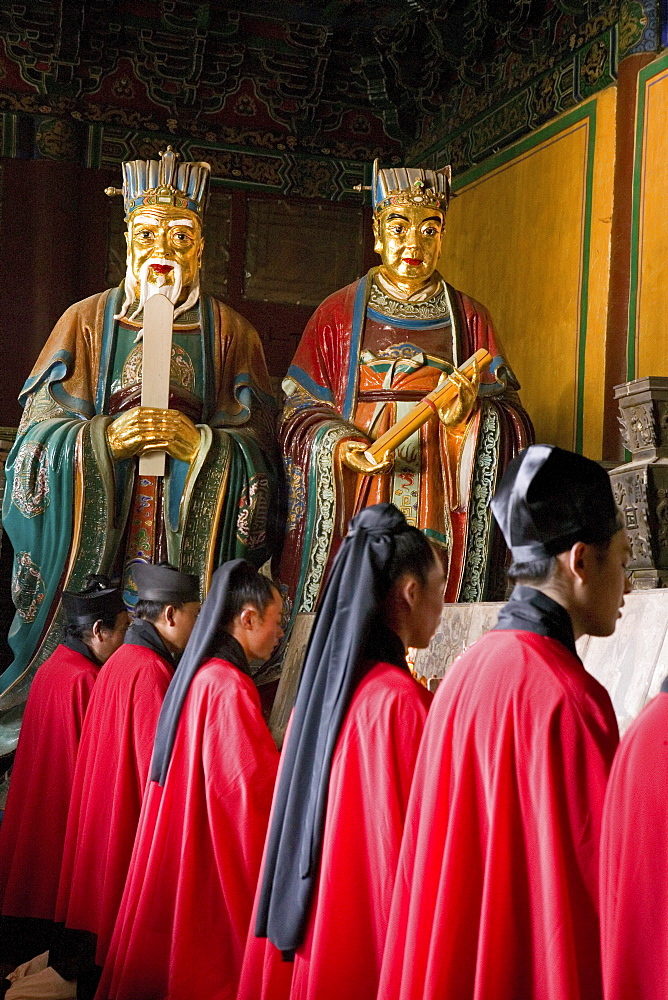 Taoist monks in Zhongyue temple, in Shaolin valley, Taoist Buddhist mountain, Song Shan, Henan province, China, Asia - 1113-71542