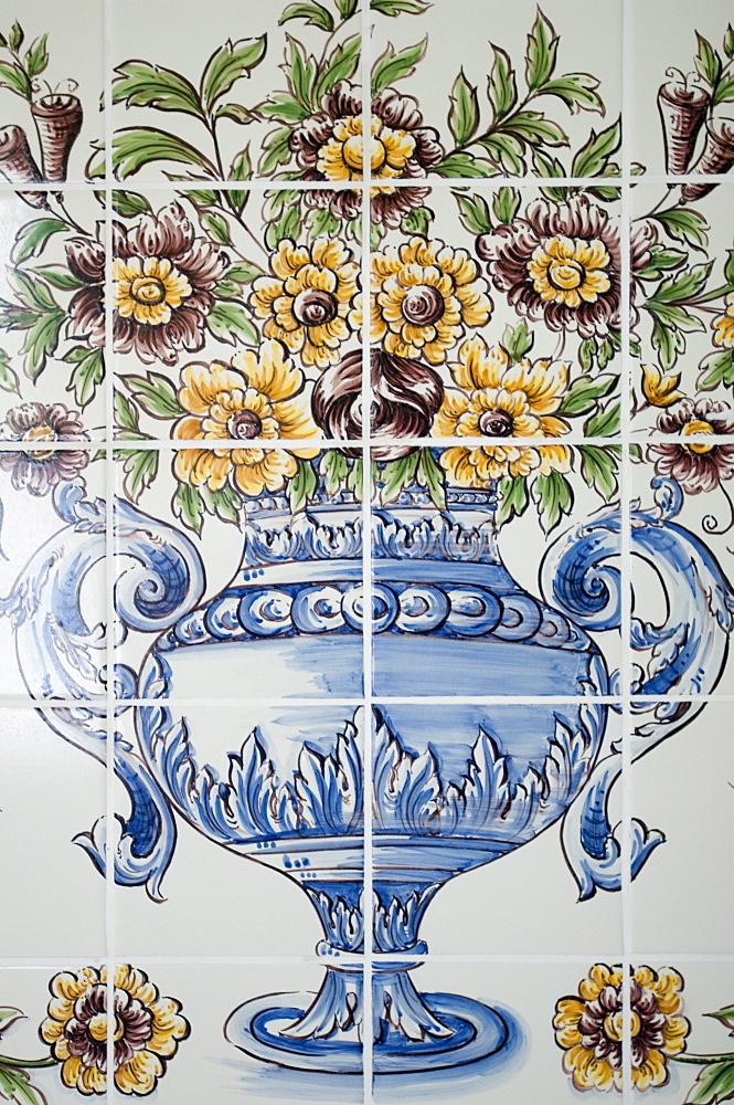 painted tiles, bathroom, Hotel Casa Velha do Palheiro, Madeira, Portugal