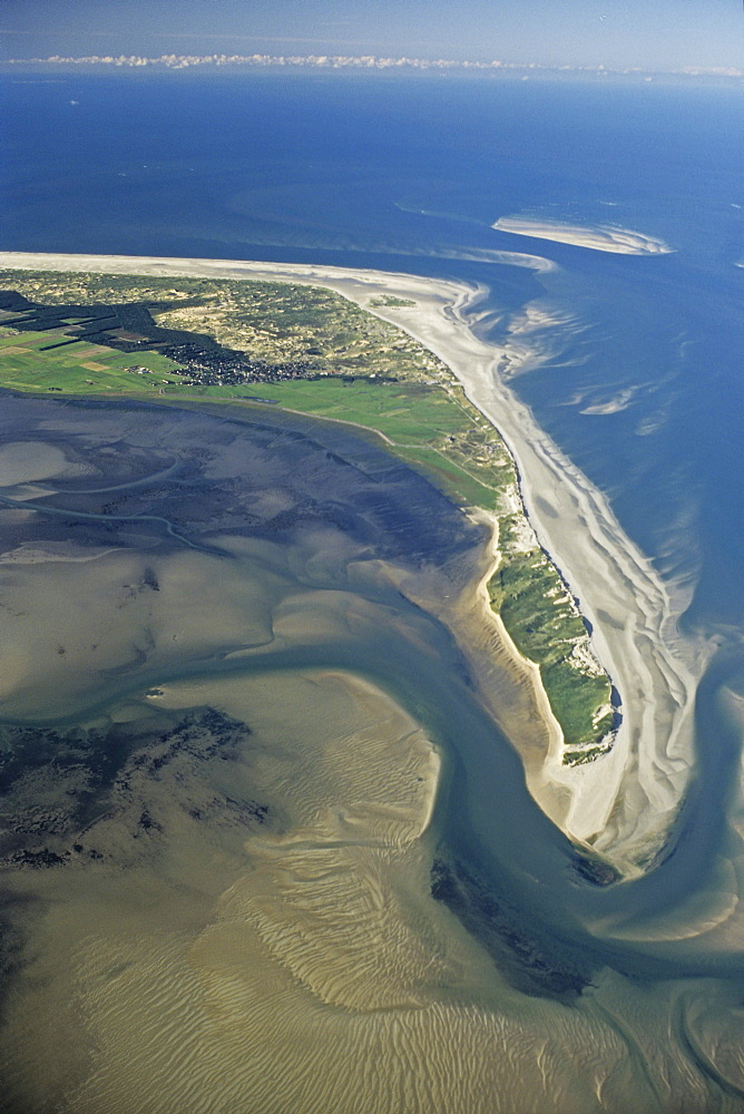 aerial photo of Amrum, one of the North Frisian Islands on the German coast of the North Sea in the Federal State of Schleswig-Holstein